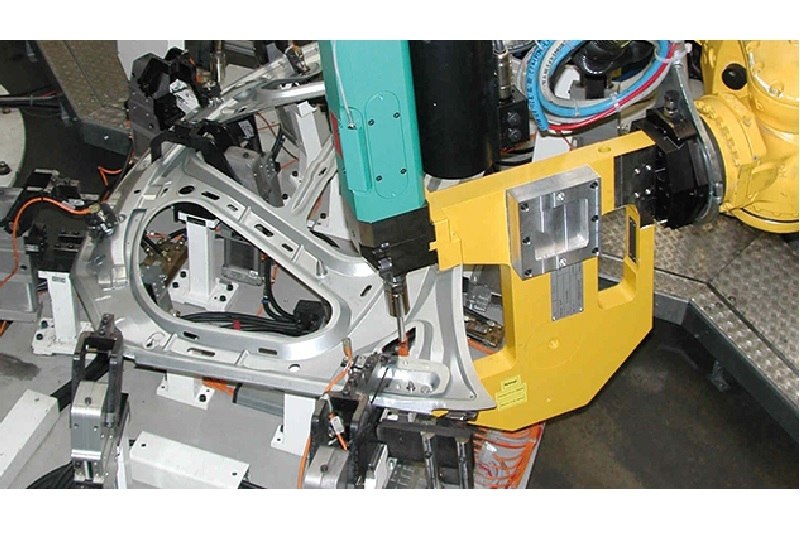 Robot Tongs type TZ in production